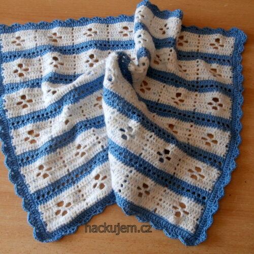 Kostková deka s kvítky